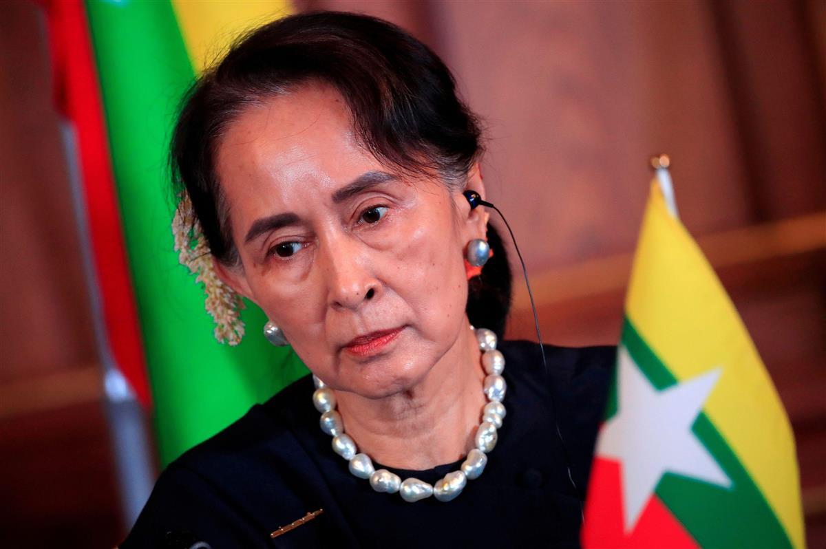 訪日中のミャンマーのアウン・サン・スー・チー国家顧問兼外相(当時)=2018年10月、東京(ロイター)