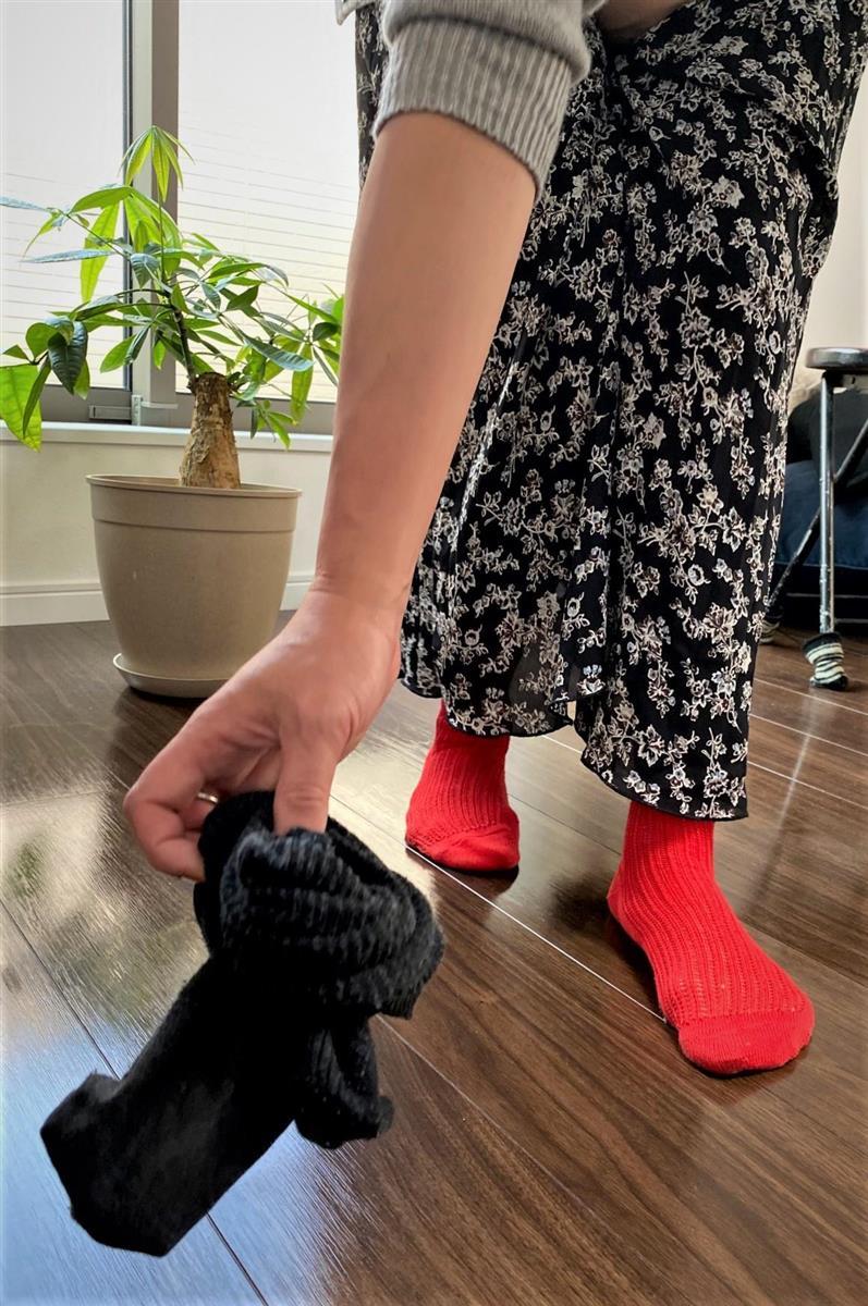片付いていて当たり前。落ちた靴下を拾う家事は、誰にも気づかれないまま行われている