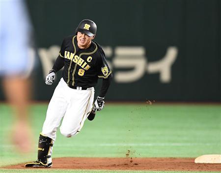 福留は九回、代打で登場。フェンス直撃の打球を放ち、三塁へと到達した(撮影・岩川晋也)