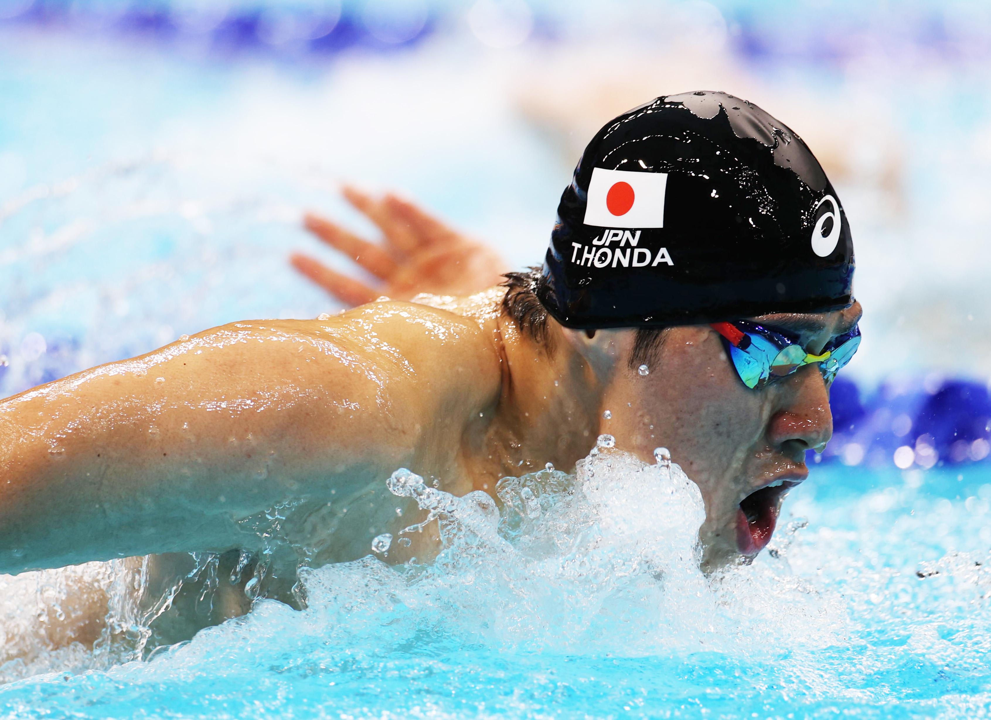 【東京五輪2020 競泳】男子200メートルバタフライ決勝 2着となった本多灯の泳ぎ=28日、東京アクアティクスセンター(恵守乾撮影)