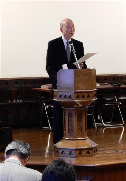 シンポジウムで講演した浄土真宗本願寺派の大谷光真前門=京都市上京区の同志社礼拝堂