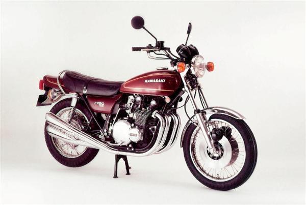 「ZII」と呼ばれるカワサキの代表車種「Z750 FOUR」の中古車は高額で取引されている
