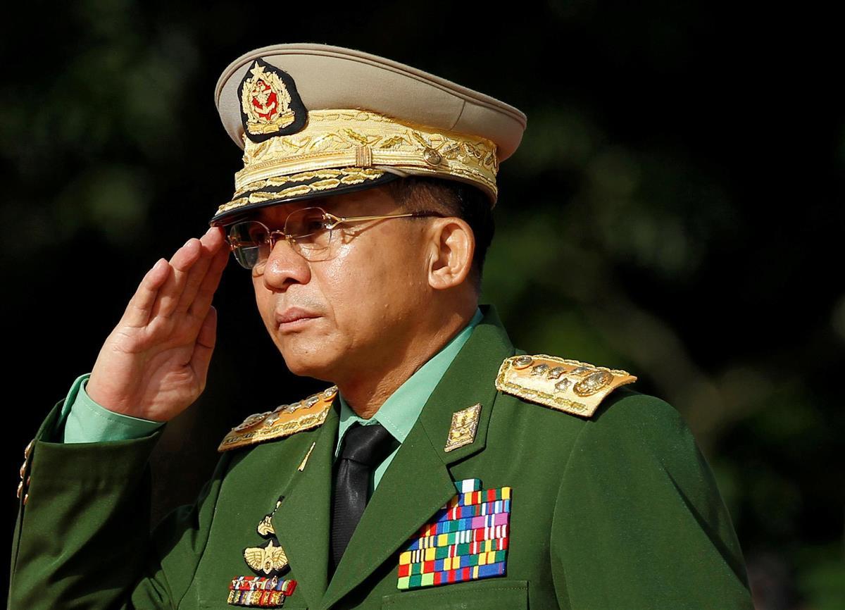 ミャンマーのミン・アウン・フライン国軍総司令官=2016年7月(ロイター)