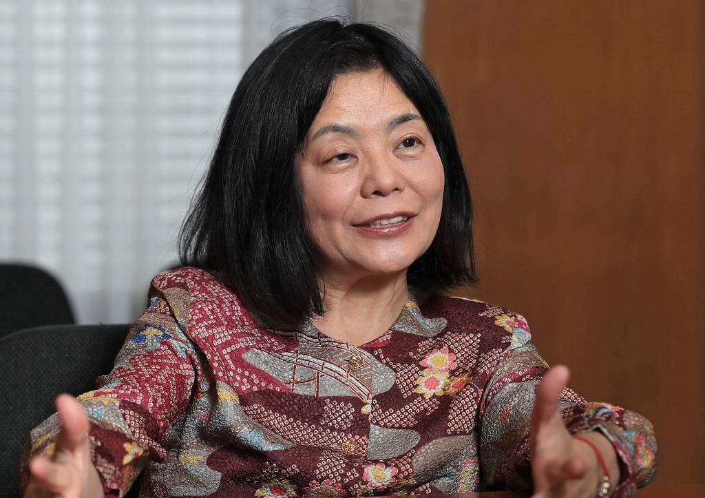 ノーベル賞に最も近い日本人 越境作家、多和田葉子さんが紡ぐ多様な ...