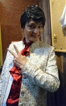 「第9回ジャパニーズ・エルヴィスを探せ!」に出場したムンロ王子